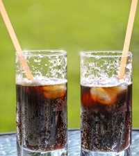 "How Soda & ""Sugar-Free"" Drinks Impact Your Oral Hygiene"
