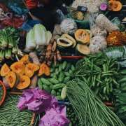 Foods with vitamins & minerals geared toward dental health